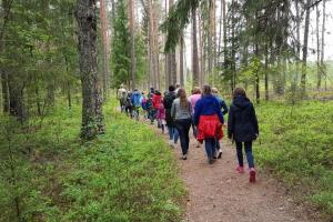 Izzinošā ekspedīcija «Vēro. Dari. Zini!» - Rīgas Komercskola