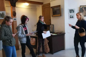 Latviešu valodas un literatūras nodarbība J.Rozentāla un R.Blaumaņa muzejā