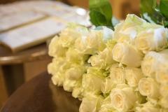 Baltas rozes kā simbols