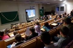 Rīgas Komercskolas auditorijā