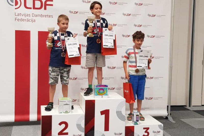 Prieks par 3.klases audzēkni Aleksandru Ivanovu, kurš ieguva 3.vietu U10 grupā zēniem.