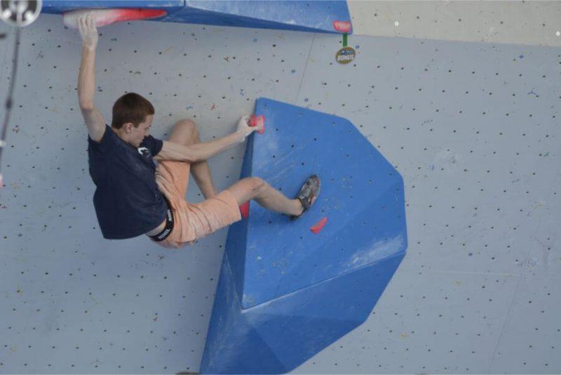 Rīgas Komercskolas audzēknis Edvards Gruzītis izcīnīja bronzas medaļu pasaules čempionātā