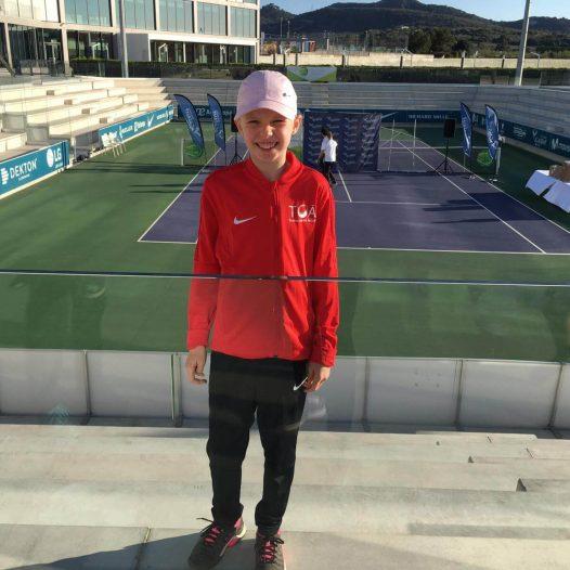 Laura Tropa Ten-Pro Global Junior Tour sacensībās Nadal akadēmijā